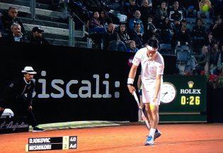 Marco Caporaso nel match tra Djokovic e Nishikori