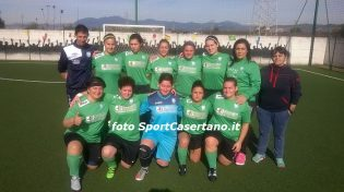 La Real Maceratese al femminile (foto SportCasertano.it)