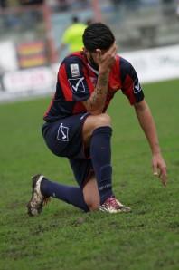 Nicola Mancino infortunato domenica contro il Poggibonsi (Foto Carozza)