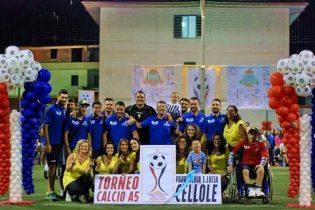 Gli organizzatori del torneo di calcio a 5 Parrocchia S. Lucia di Cellole